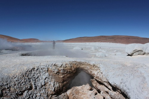 Geiser en el altiplano boliviano