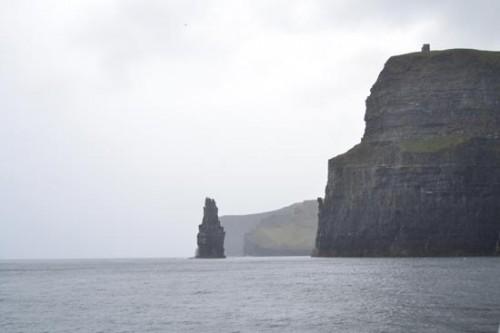 La erosión del mar ha esculpido los Acantilados Moher