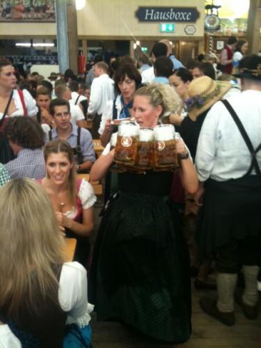 Camarera de la Oktoberfest