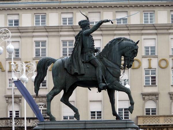 Josip Jelacic estatua
