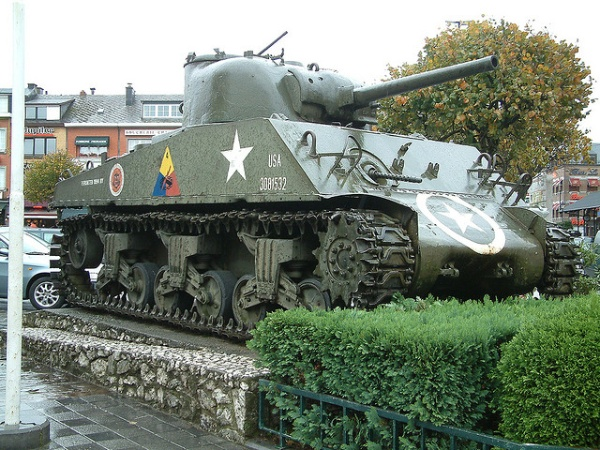 Sherman M4 en Bastogne