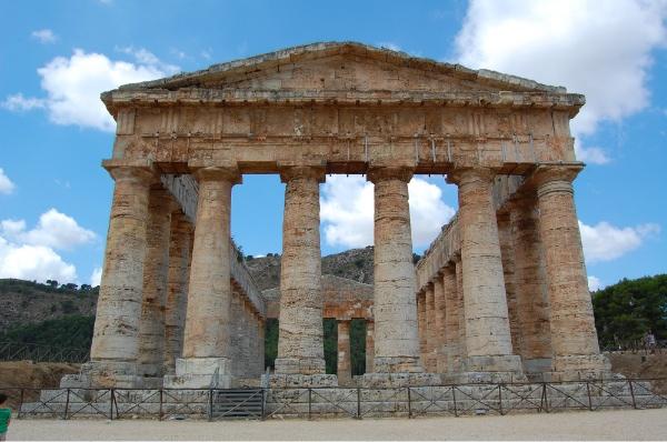 Templo dórico inacabado de Segesta