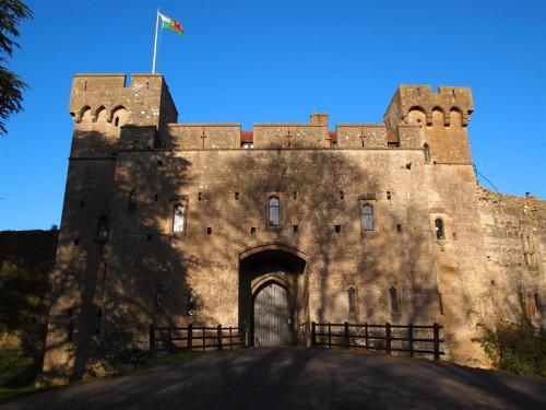 Entrada del Castillo de Caldicot