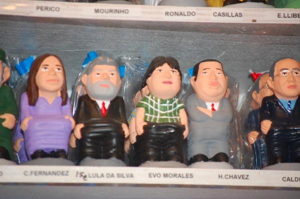 Caganers de políticos latinoamericanos como Evo Morales, Hugo Cháves...