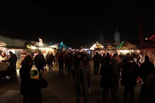 Disfrutando de un mercado de Navidad de Alemania