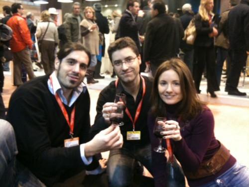 3viajesaldia en el Fitur 2011. De izda. a dcha., Marc, Manuel y Doris