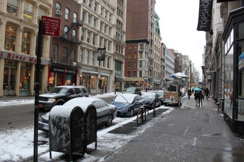 La calle Broadway de Nueva York en Lower East Side