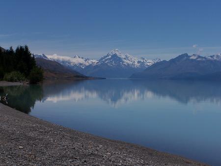 El Mt Cook reflejado en el lago Tekapo