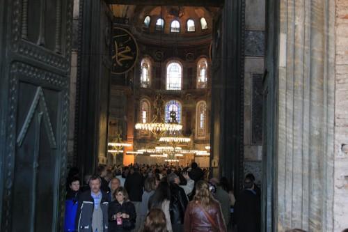 Entrando en Santa Sofia de Estambul