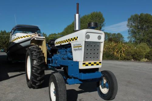 Tractor-remolcador de lanchas @3viajes