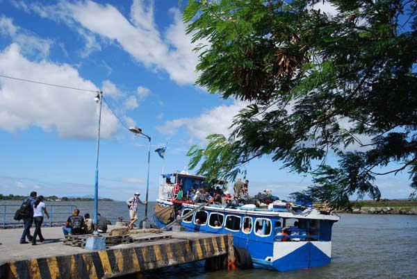 Ferry a la isla Ometepe @MónicaHernández
