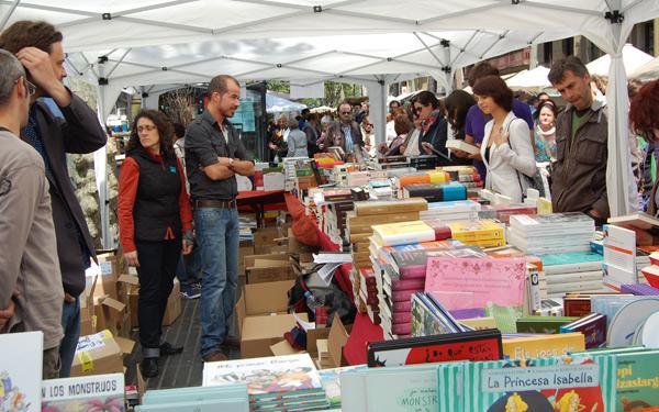 Otro puesto de libros en la Rambla de Barcelona