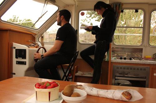 Pilotando desde el interior del barco @3viajes