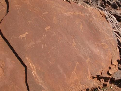 Roca en Twyfelfontein de Namibia
