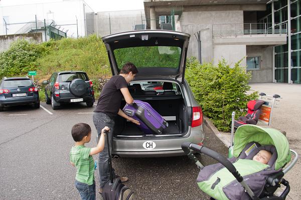 Preparando el coche de alquiler (1)