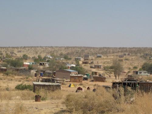 Poblados de camino a Epupa Falls en Namibia