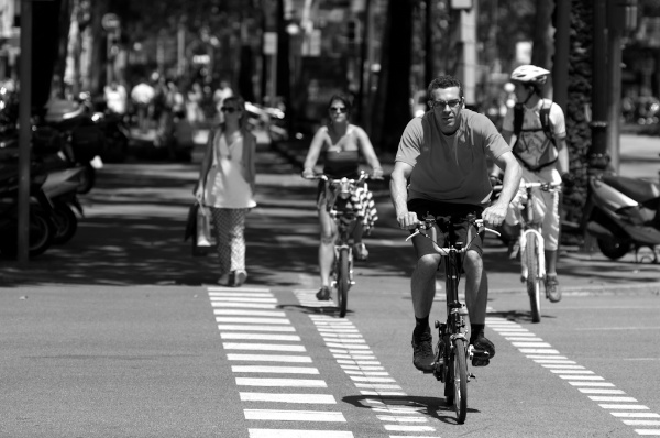 Fotografía callejera Barcelona - Ciclista