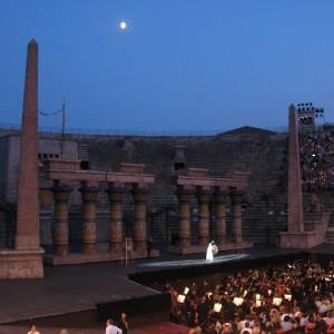 Antes de empezar la ópera en la Arena de Verona