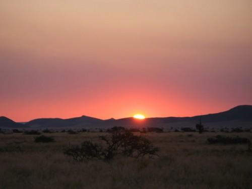 Puesta de sol en Solitaire en Namibia