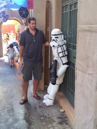 Con un soldado imperial