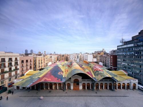 Vista del techo del mercado de Santa Caterina de Barcelona