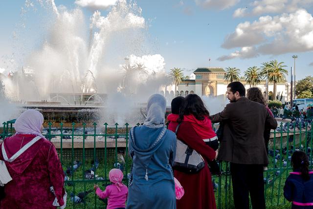 La Casablanca de los espacios públicos y la gente en las calles