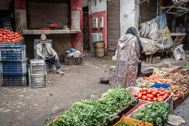 Legumes e verduras nos souks da antiga Medina de Casablanca