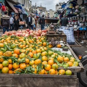 Fruta fresca en un zoco de la Medina vieja de Casablanca