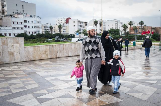Lo musulmán y lo occidental se funden en las calles de Casablanca