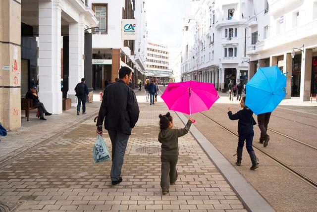 Colores y alegría por el Boulevard de Mohamed V de Casablanca
