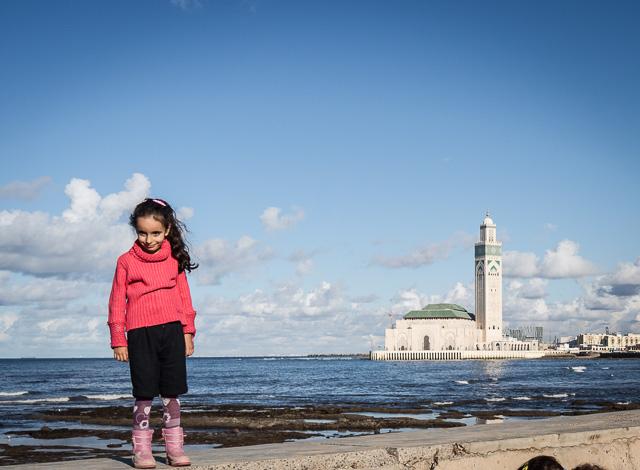 Vistas de La Corniche y la gran Mezquita de Hassan II de Casablanca