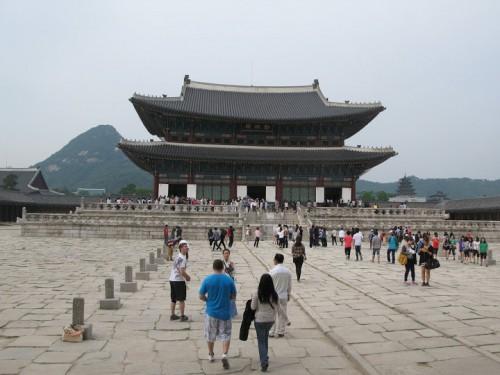 Visitando un palacio de Seoul