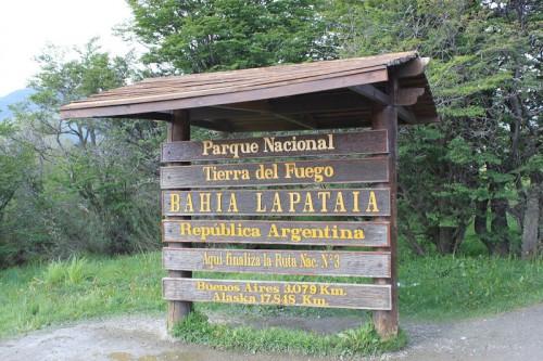 Fin de la ruta nacional 3 en la Bahia Lapataia en Ushuaia