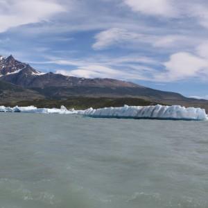 Icebergs en el Lago de Viedma