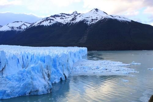 Viendo el Perito Moreno en El Calafate