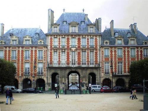 El Pabellón del Rey en Place des Vosges