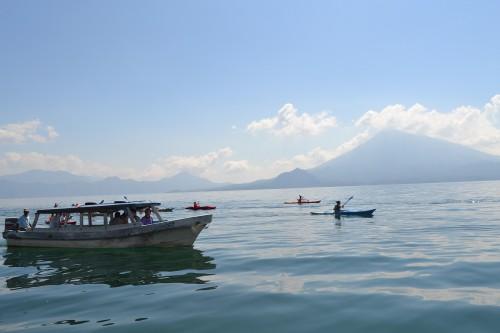 Volcán San Pedro desde el lago Atitlán en Guatemala @3viajes