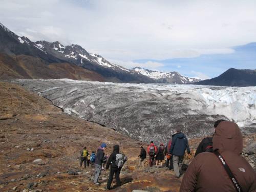 Llegando al glaciar después de un pequeño trekking