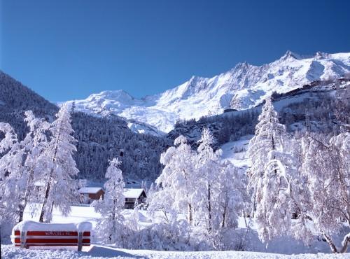 Paisaje del valle de Saas, Suiza