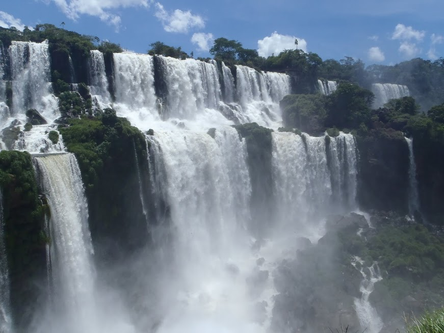 Vista Desde La Isla De San Martin En Iguazu 3viajes