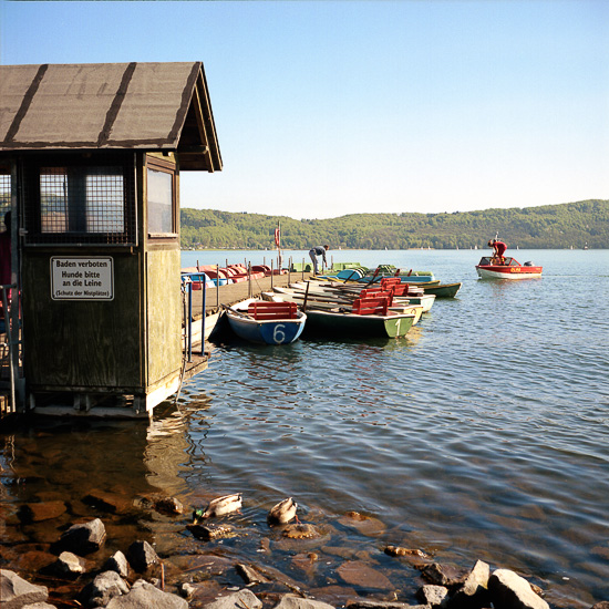 Embarcadero en el lago Maria Laach