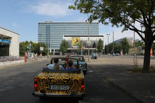 Llegando a la zona soviética de Berlín con nuestro Trabant