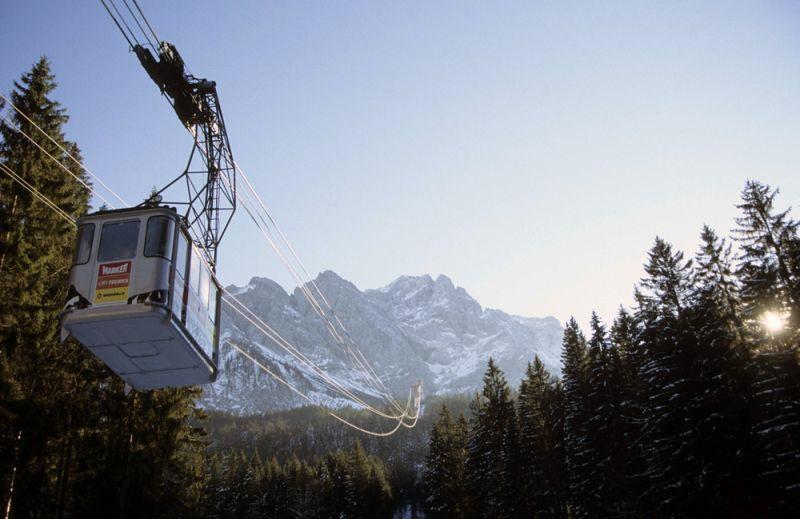 Teleférico de Eibsee subiendo al Zugspitze