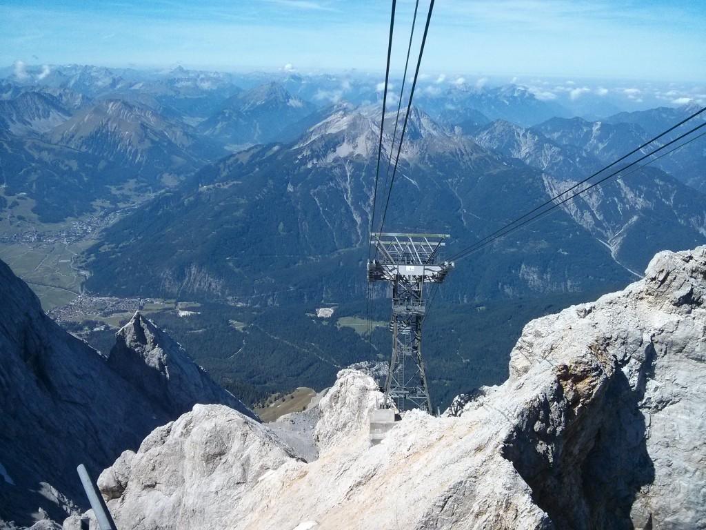 Cable del teleférico de Ehrwald desde el Zugspitze