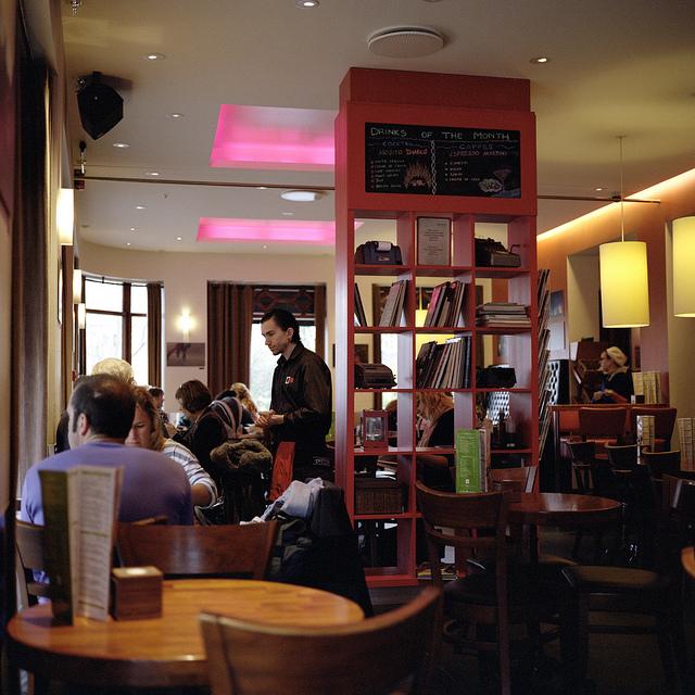 El animado Café Paris de Reykjavik