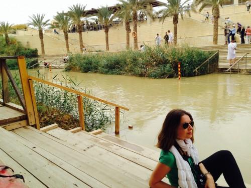 Minutos antes de sumergirme en el río Jordán, en la frontera entre Jordania e Israel @3viajes