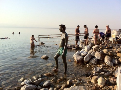 Baño de lodos en el Mar Muerto @tusdestinos