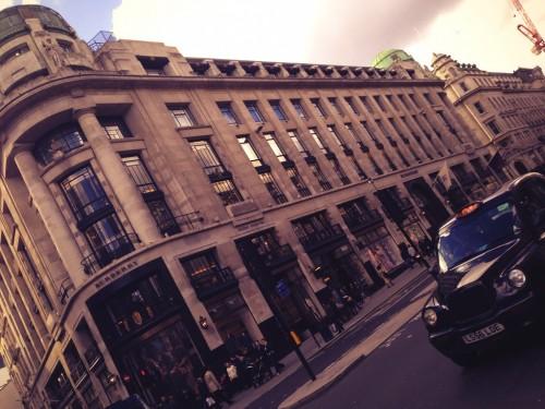 Flagship store de Burberry en Regent St @3viajes