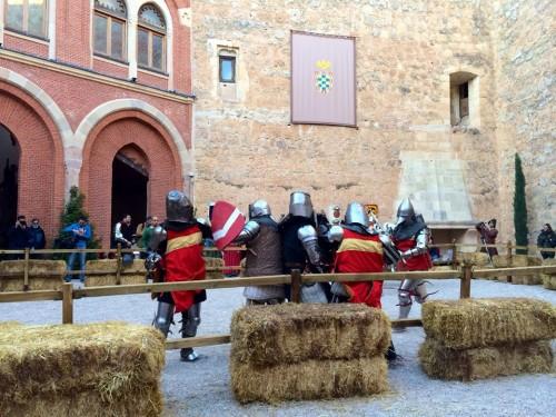 Luchadores de combate medieval en Belmonte