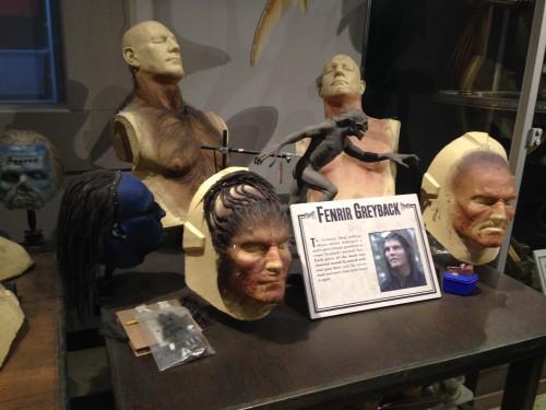 Detalle de las máscaras en los estudios de Harry Potter @3viajes